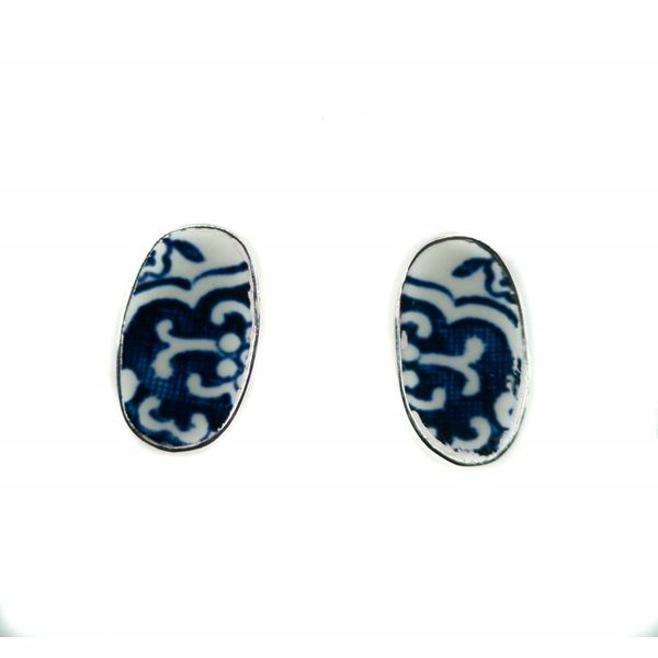 Oval willow ceramic and silver stud earrings