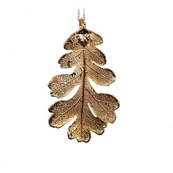 Oak leaf rose gold pendant