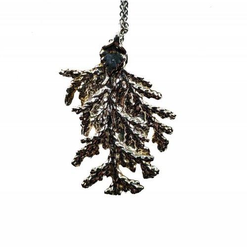 Roxburgh Pine leaf silver pendant