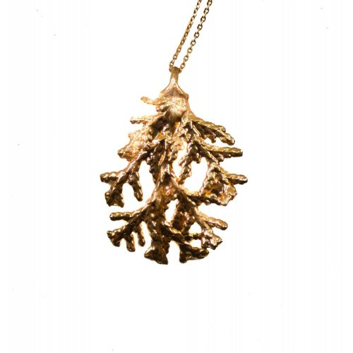 Roxburgh Pine leaf rose gold pendant