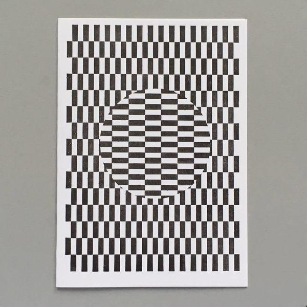Tarjeta de tipografía hecha a mano de Ouchi