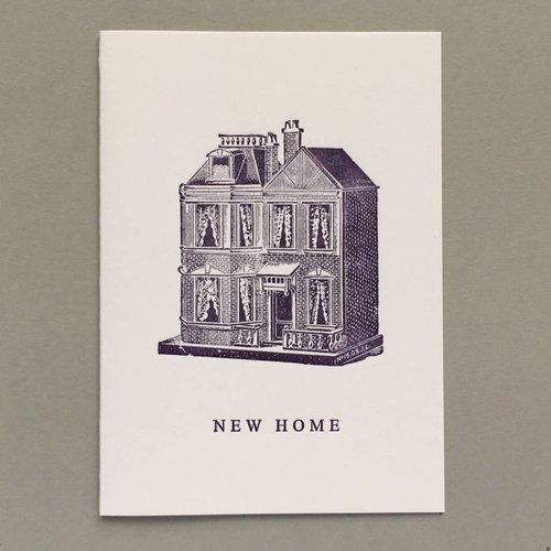 Keyhole Collection Nuevo hogar, casa de muñecas tarjeta de tipografía hecha a mano