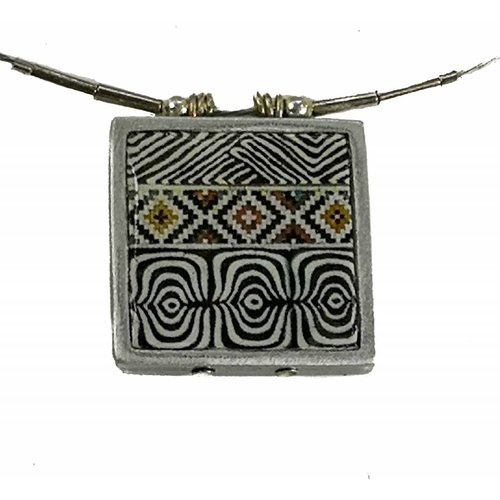 Noa Pattern  square printed ceramic with frame necklace 0012