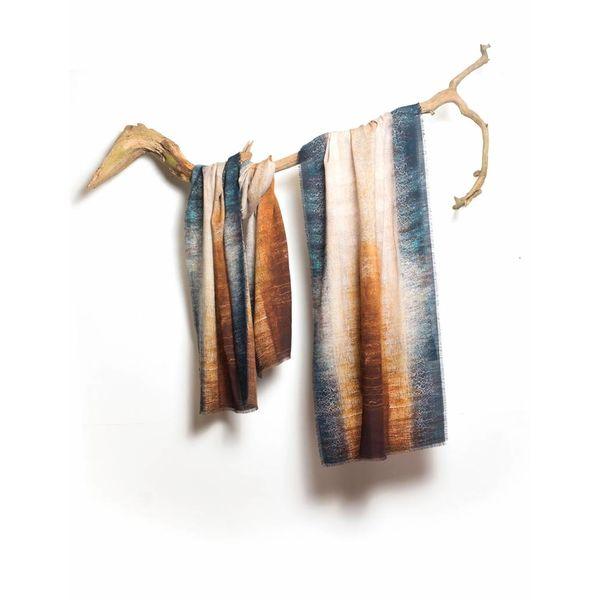 En la deriva - The Stole Collection