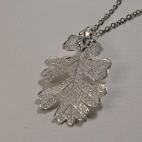 Roxburgh Oak Leaf silver pendant