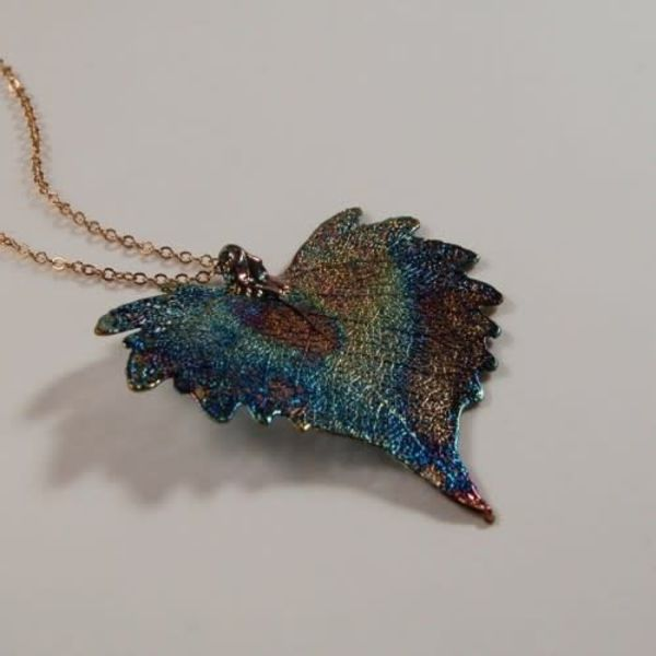 Cottonwood leaf dark rainbow pendant