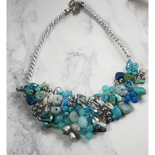 Lotus Feet Turquoise blue beaded necklace 035