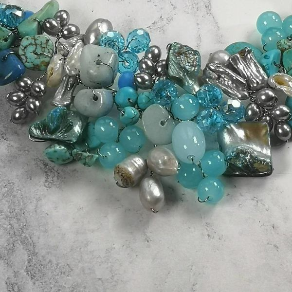 Türkisblaue Perlenkette 035