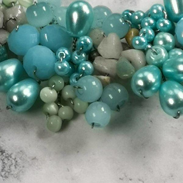 Hellblaue Perlenkette 025