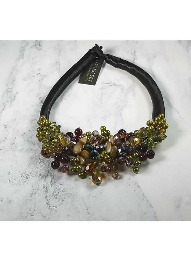 Halskette aus satiniertem Gold und Lila 031