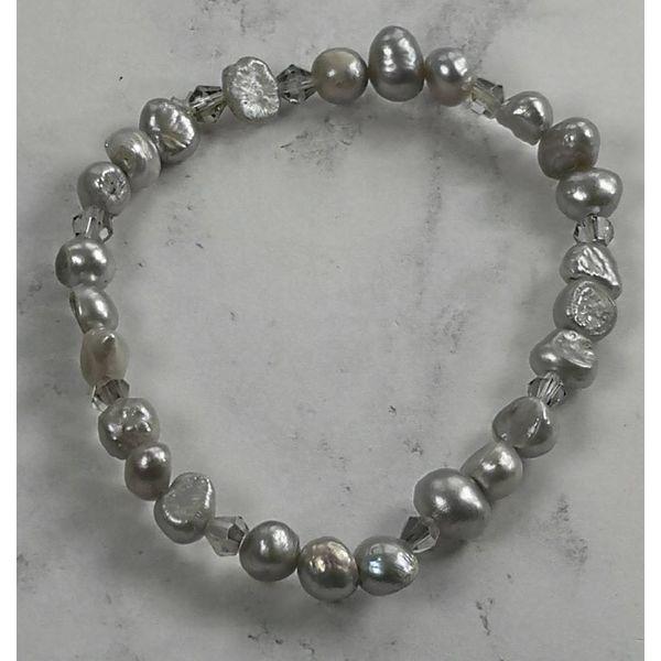 Pulsera perla gris pálido 017