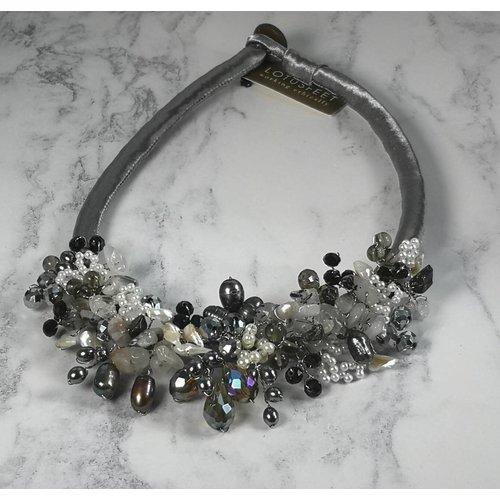 Lotus Feet Silberne Halskette aus Satin 029