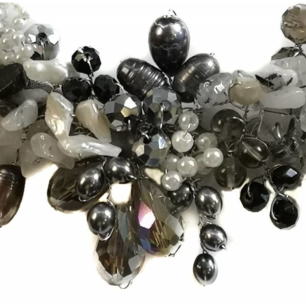 Silberne Halskette aus Satin 029