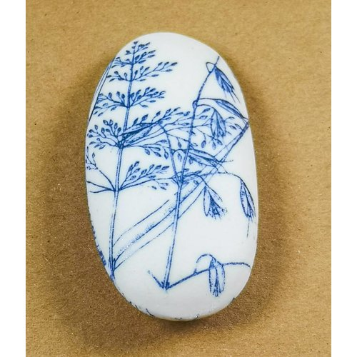 Clare Mahoney Hand Made Porcelain Smooth touchstone 010