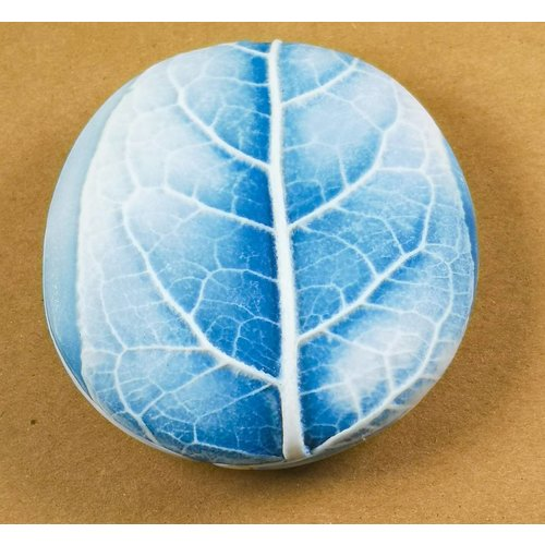 Clare Mahoney Hand Made Porcelain textured touchstone 011