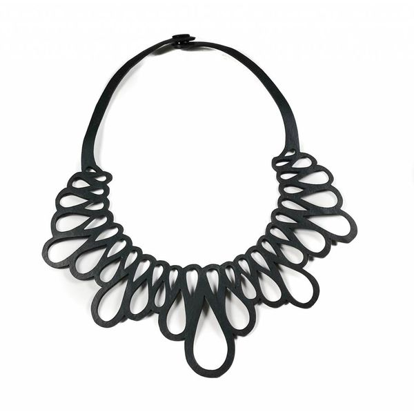 Hanam inner tube necklace