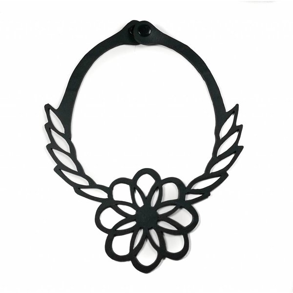 Flower rubber necklace