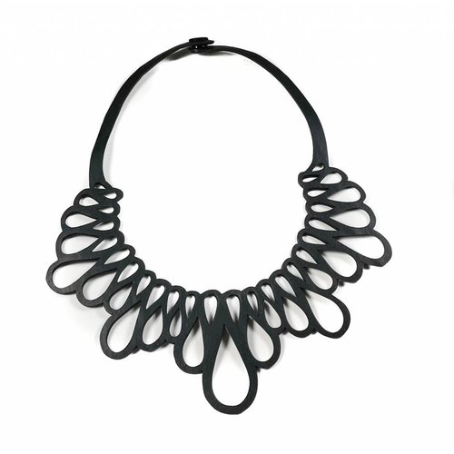 Paguro Fall inner tube rubber necklace 21