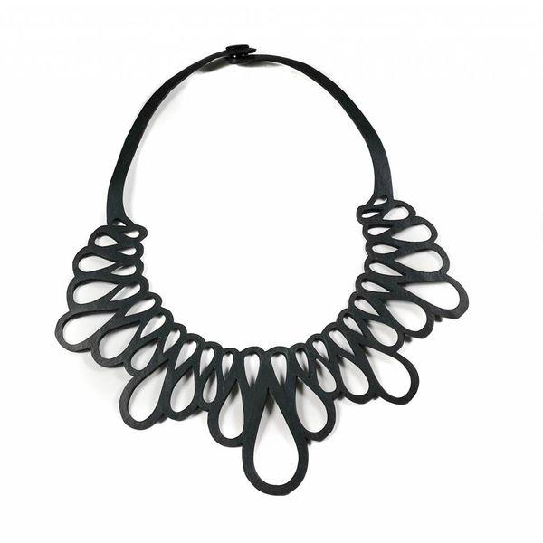 Hanami necklace
