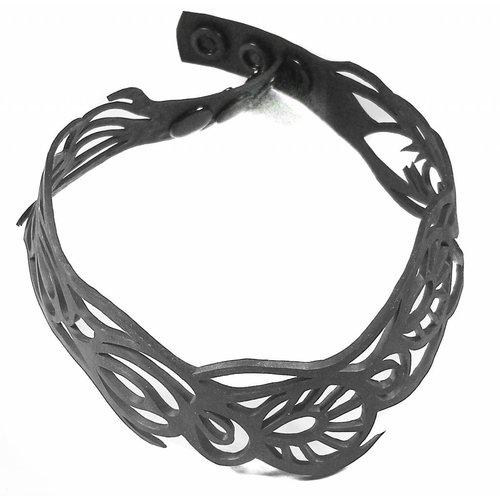 Paguro Bella inner tube choker necklace 08