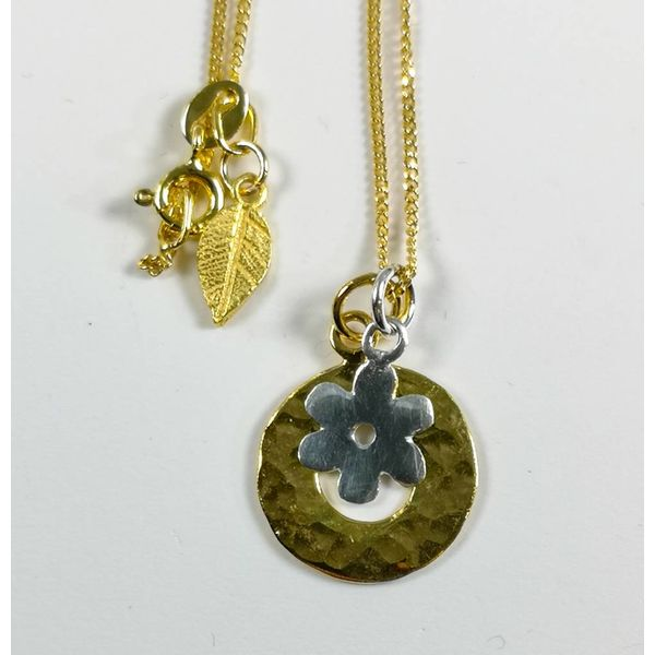 Gold vermeil hammered circle silver daisy necklace