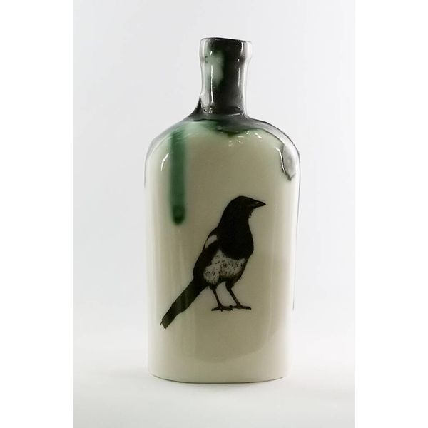 Magpie poison apocethary bottle