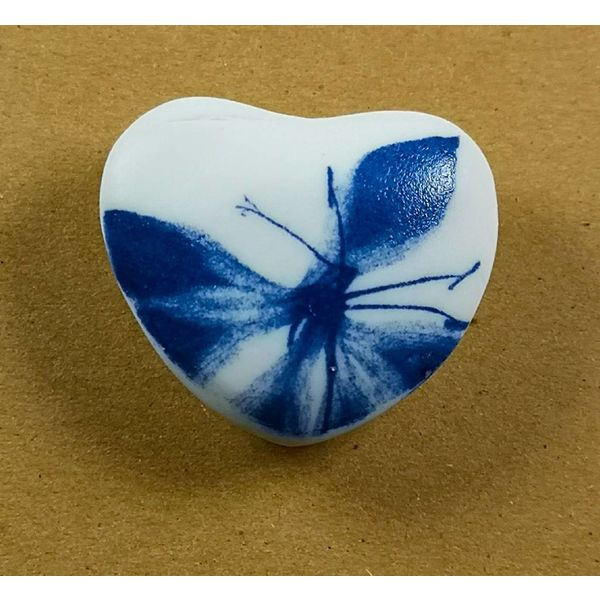 Heart Hand Made Porcelain  touchstone 025