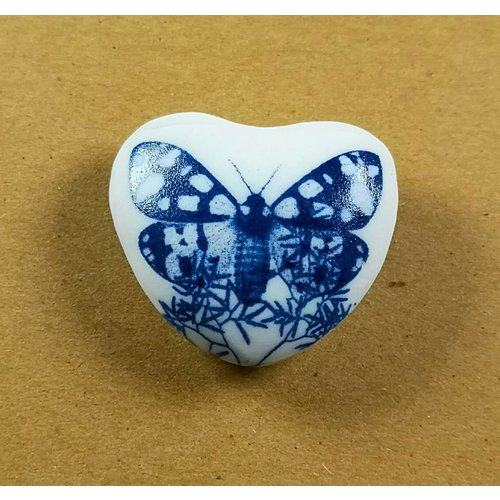 Clare Mahoney Heart Hand Made Porcelain  touchstone 027