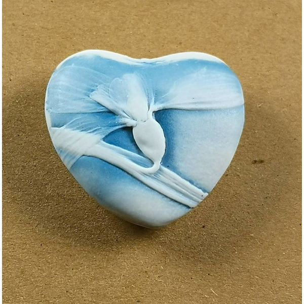 Heart Hand Made Porcelain textured touchstone 034