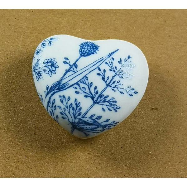 Heart Hand Made Porcelain textured touchstone 040