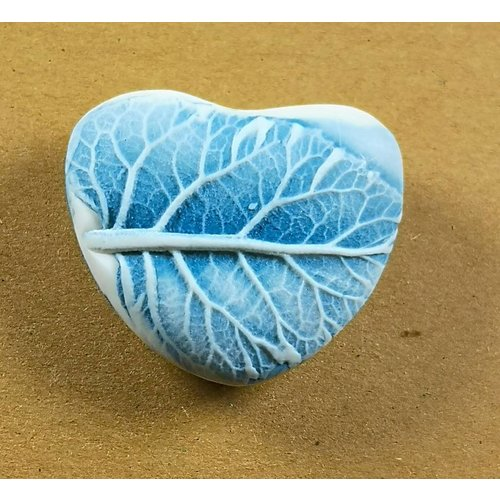 Clare Mahoney Heart Hand Made Porcelain textured touchstone 043