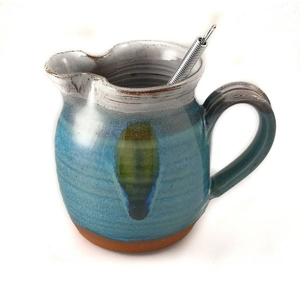 Salad Dressing Jug with Whisk 1