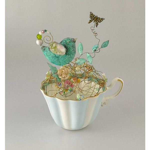 Bird on Nest in Cup Assemblage 140mm