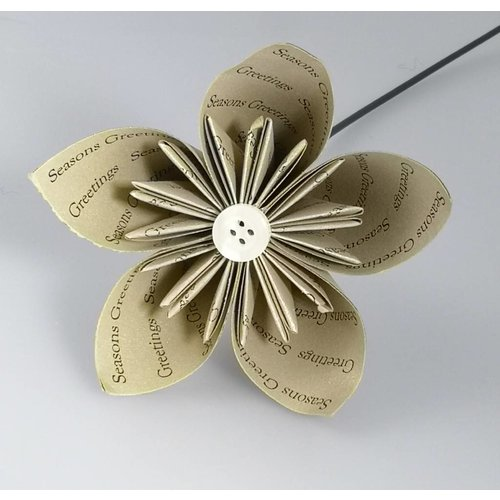 Paris Cheetham Seasons greetings gold  paper flower with pearl button 24