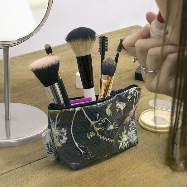 Edwardian blooms makeup bag 16