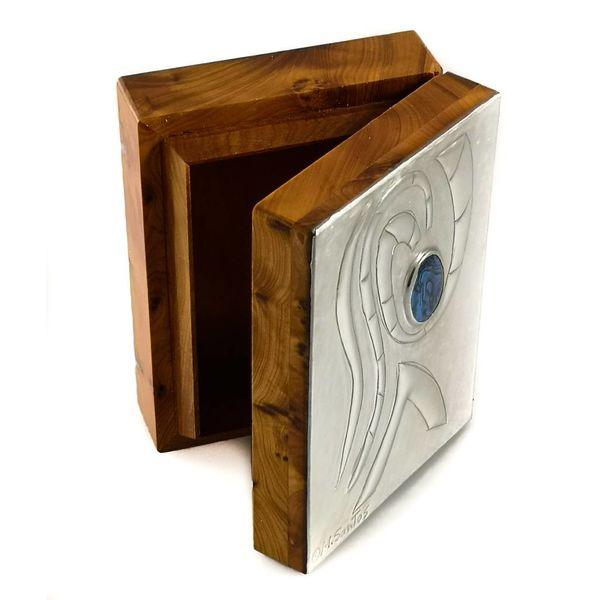 Olas y abalón peltre y caja abisagrada de madera 16.