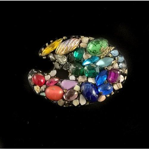Annie Sherburne Vintage artist's palette brooch 101