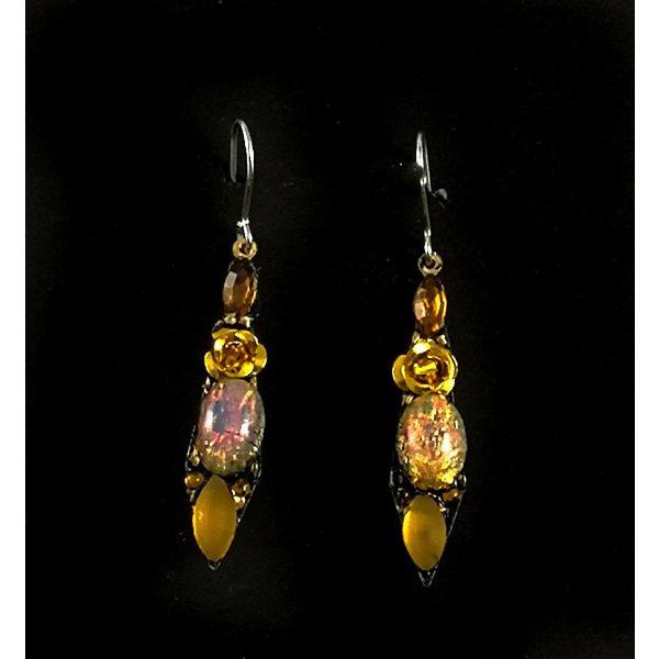 Vintage small drop earrings 115