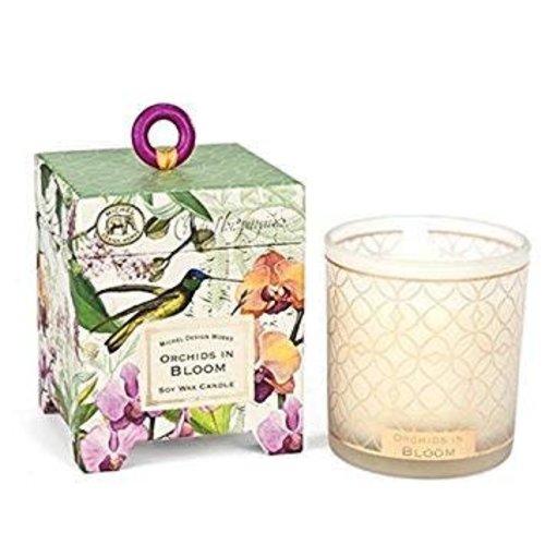 Michel Design Works Orquídeas en flor 6.5 onzas. Vela De Cera De Soja