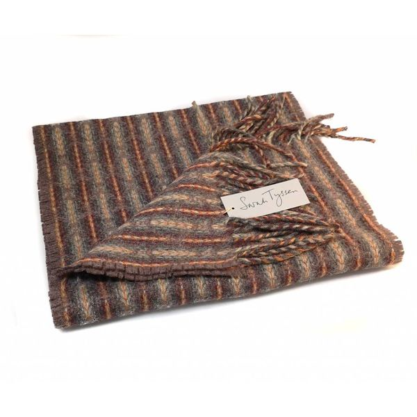 Langer Schal aus Merinowolle Lammwolle 02