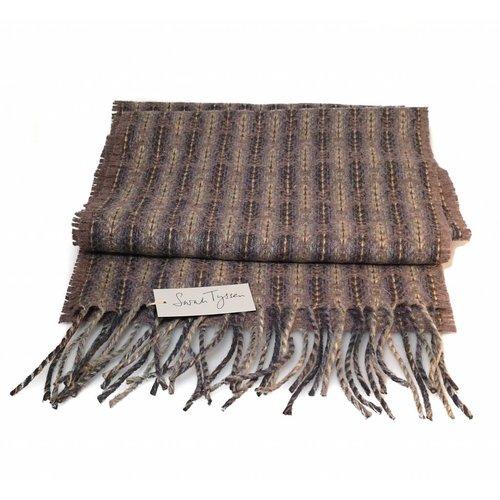 Sarah Tyssen Merino Lambswool long scarf 03