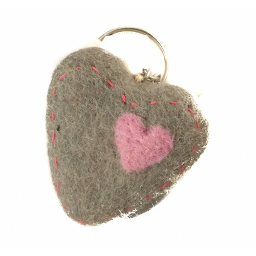 Amica Accessories Grey Heart Felt Keyring 011