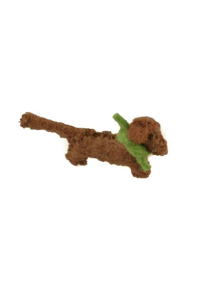 Wurst Hund braun Filz grünen Schal Brosche 010
