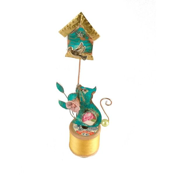Cat and Birdhouse on Bobbin Assemblage 025