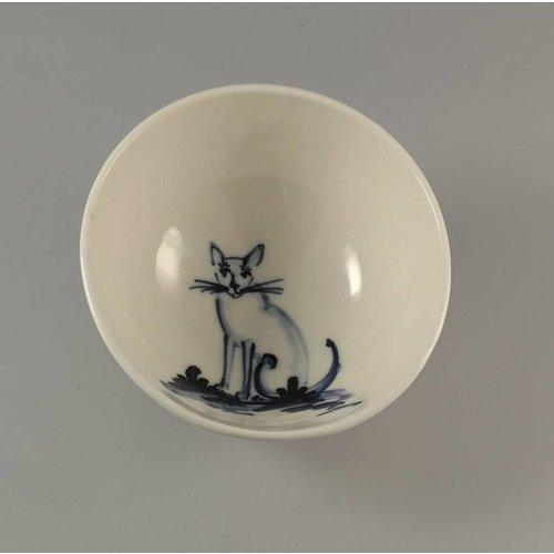 Mia Sarosi Cat sitting - Cuenco de porcelana pequeña pintado a mano 002