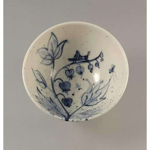 Mia Sarosi Saltamontes Tazón de porcelana pintada a mano 006