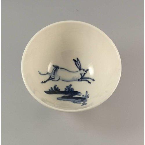 Mia Sarosi Tazón de porcelana salta liebre pintada a mano 015