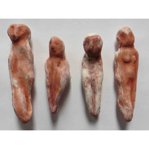 Four Red Ladies set earthenware