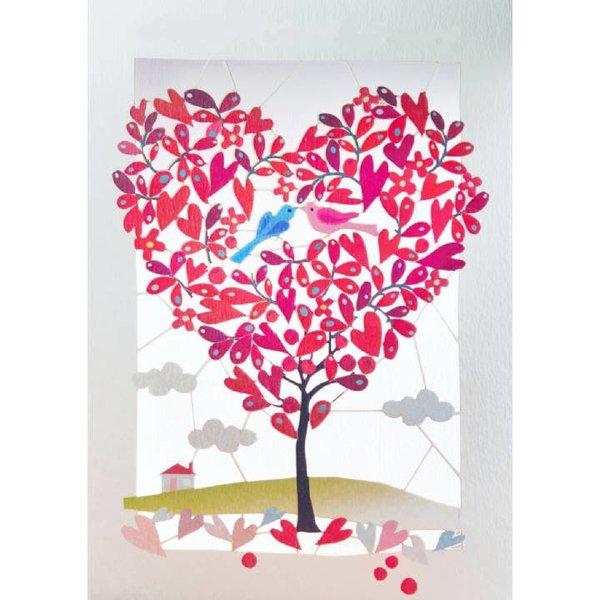 Tarjeta de corte láser en forma de corazón de árbol