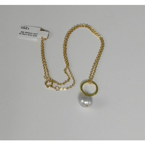 Ladies Who Lunch Gold circle white fat pearl necklace 066